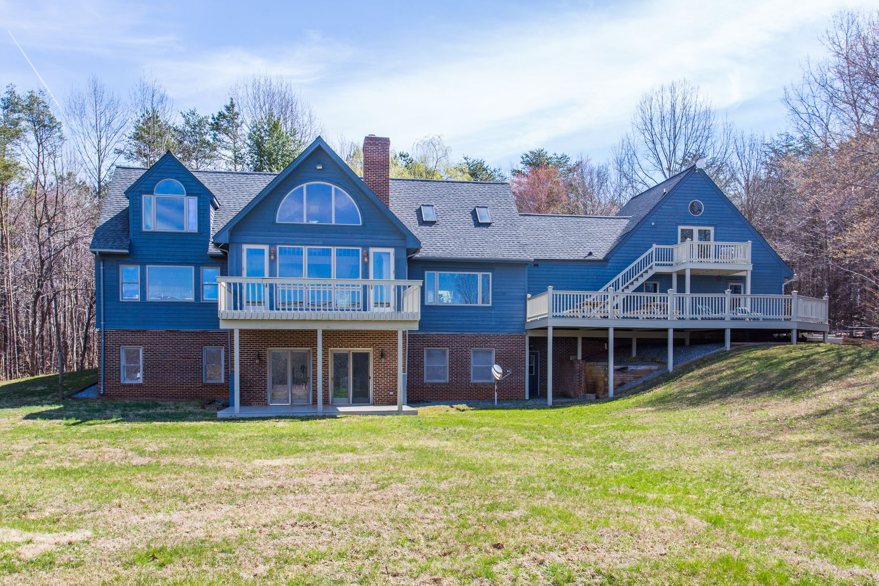 Single Family Home for Sale at Rehoboth Farm 1056 Ortman Rd Afton, Virginia 22920 United States