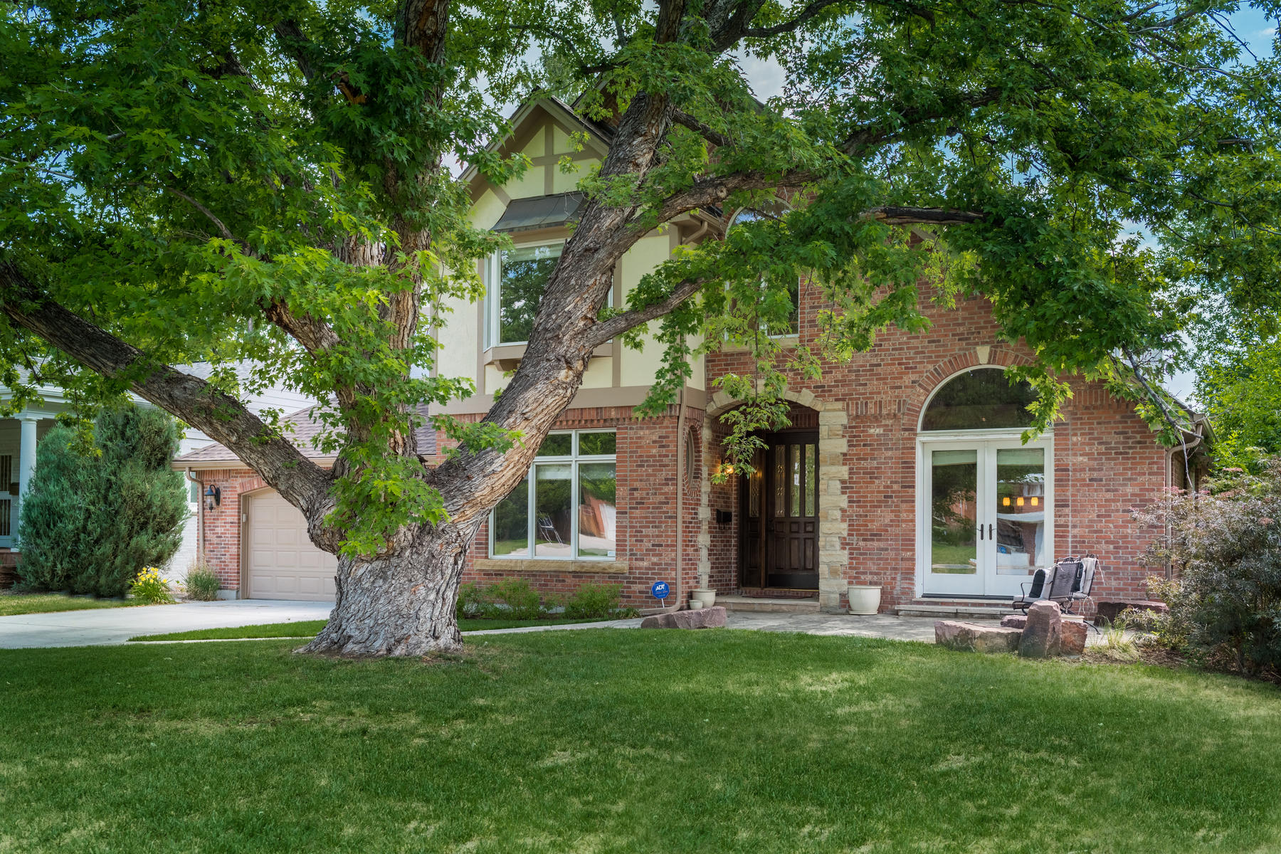 Single Family Home for Active at Luxurious Tudor In The Heart Of Hilltop! 130 Elm Street Denver, Colorado 80220 United States
