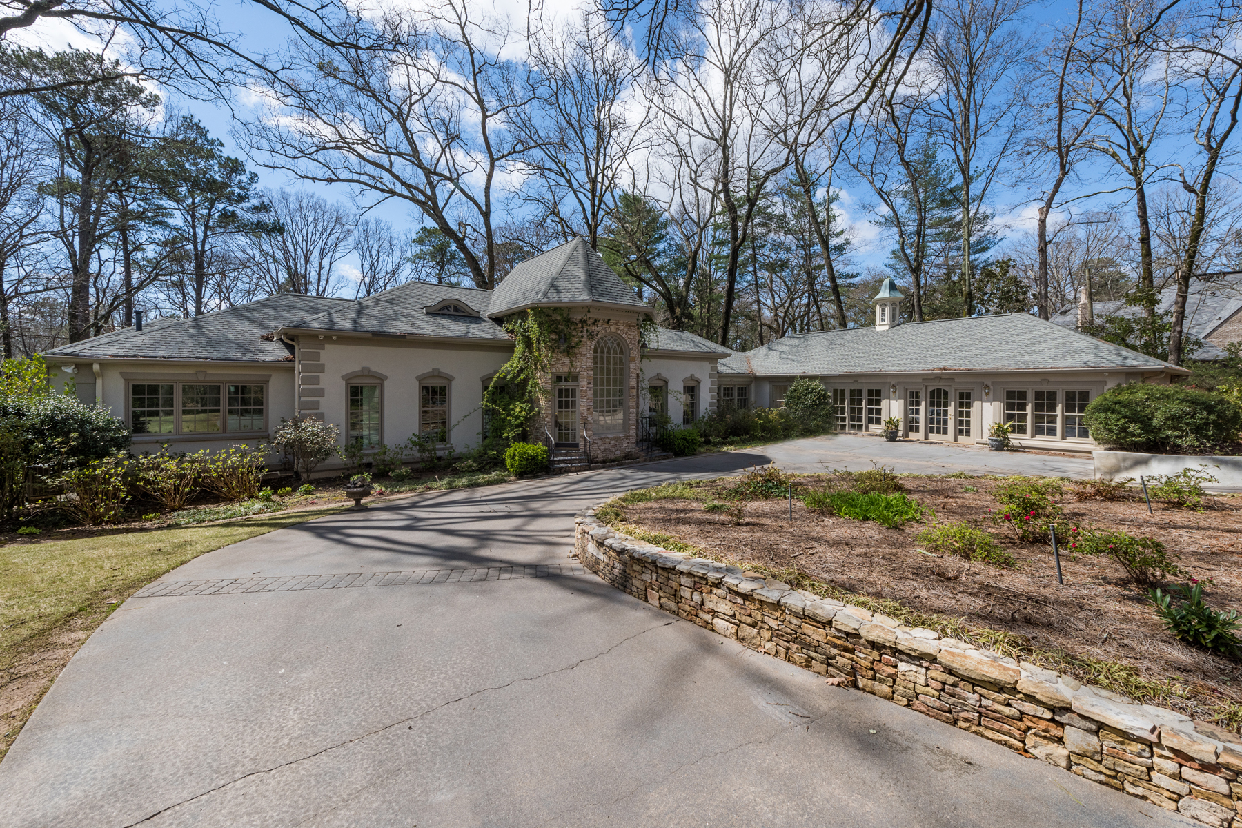 Single Family Home for Sale at Light-filled Updated One Level Home On Private Gated Two Acre Lot 4450 Northside Dr Atlanta, Georgia 30327 United States