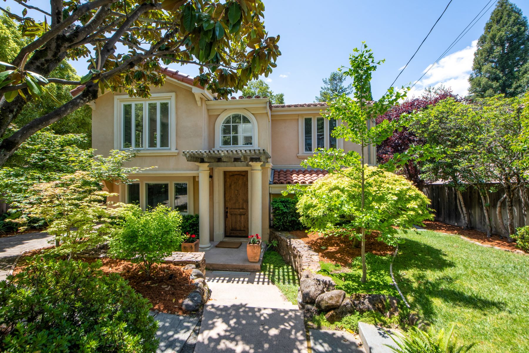 Single Family Homes for Active at Beautiful Rosebank Home 39 Rosebank Ave. Kentfield, California 94904 United States