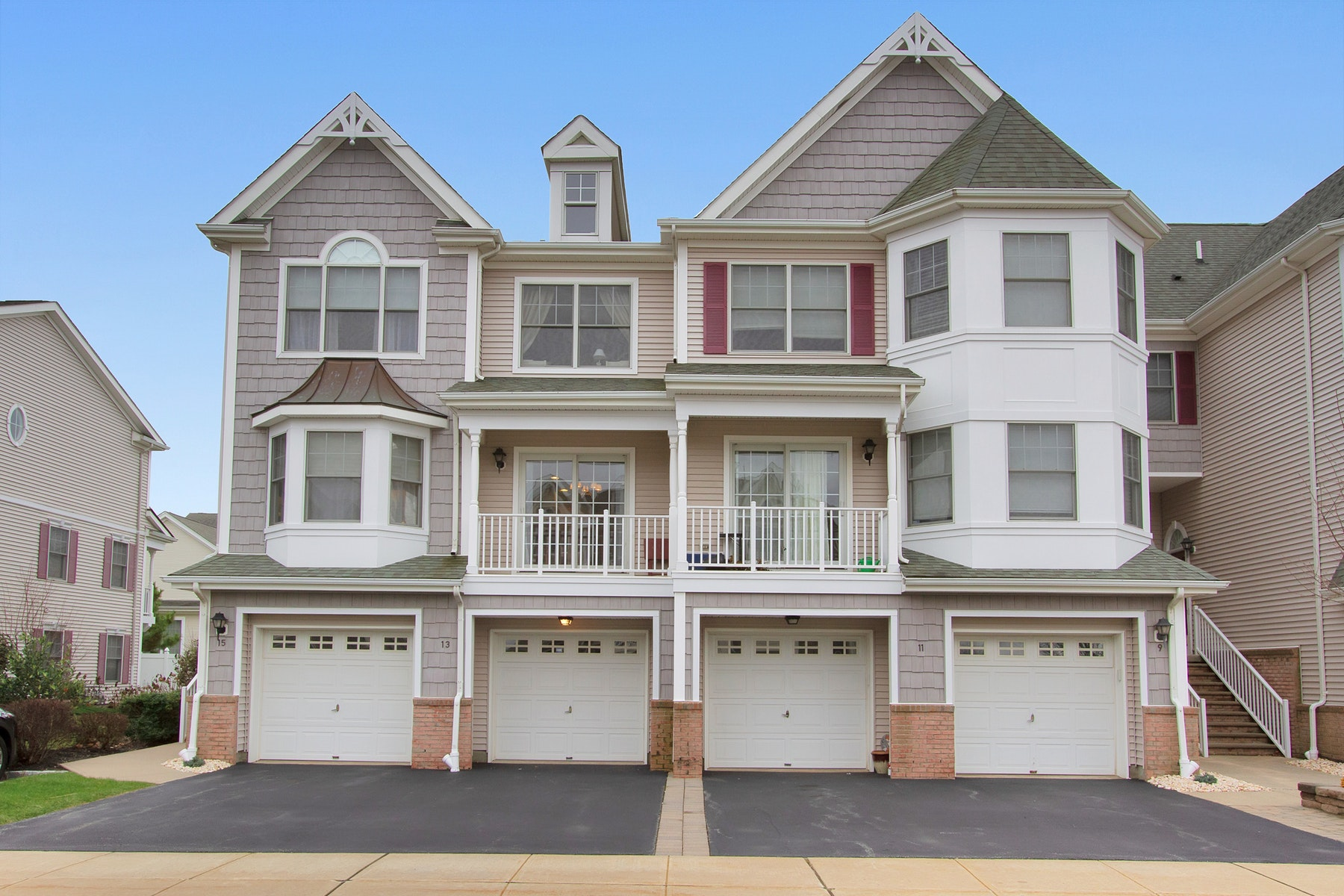 Townhouse for Sale at Harbor Village at Lighthouse Bay 13 Raritan Reach Road, South Amboy, New Jersey 08879 United States