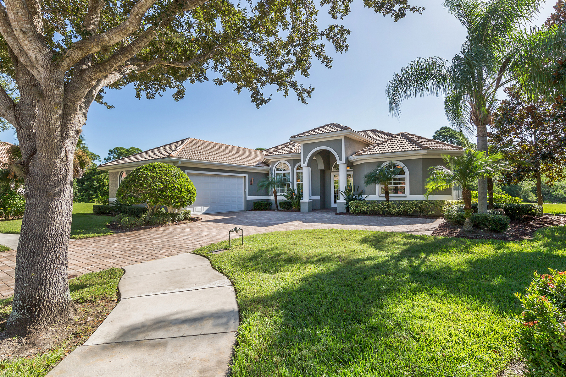 Single Family Homes for Sale at VENETIA 4605 Borghese Ct Venice, Florida 34293 United States