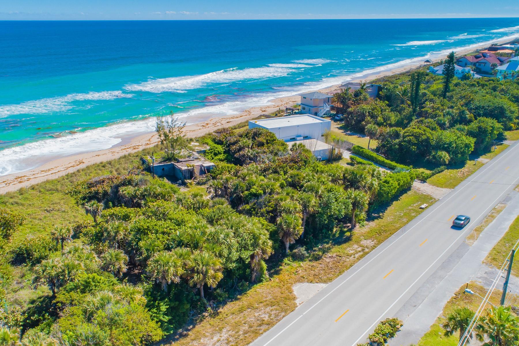 土地,用地 为 销售 在 Exceptional Oceanfront Property with Over an Acre of Private Land. 8035 S Highway A1A 墨尔本海滩, 佛罗里达州 32951 美国