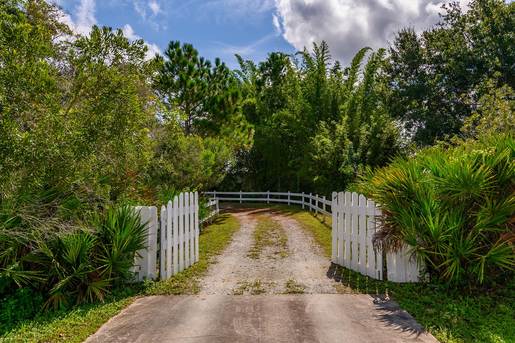 Single Family Homes for Active at MAGNOLIA HILL 28801 100th Dr E Myakka City, Florida 34251 United States