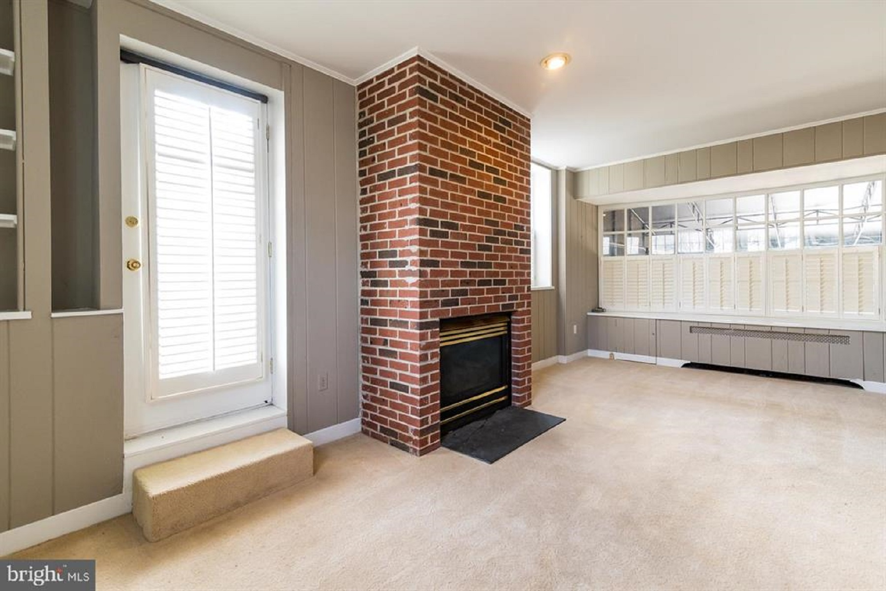 Additional photo for property listing at Homeland 103 Witherspoon Road Baltimore, Maryland 21212 United States