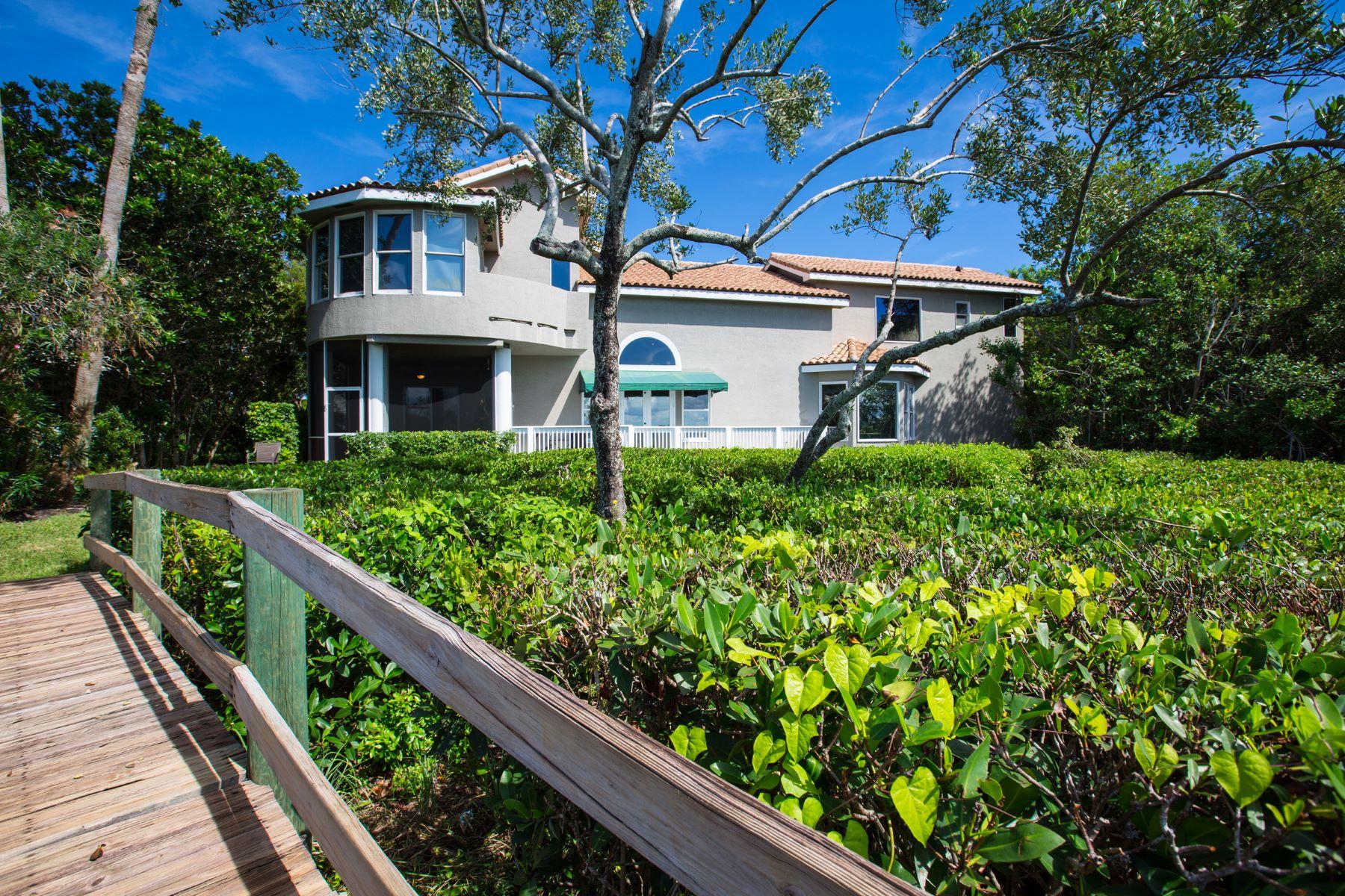 단독 가정 주택 용 매매 에 Captivating Custom Riverfront Home 215 Riverway Drive Vero Beach, 플로리다, 32963 미국
