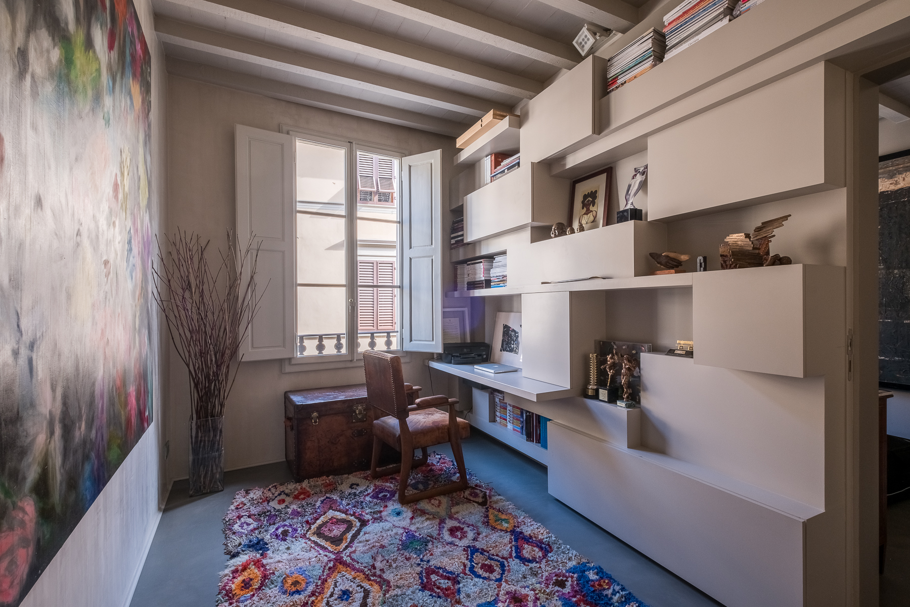 Additional photo for property listing at Magnificent design apartment with spa in the heart of Florence Via Santa Monaca Firenze, Florence 50100 Italy