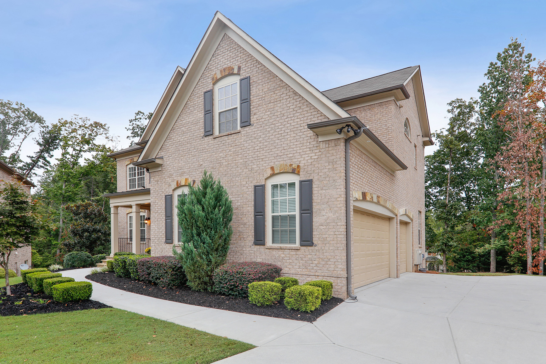 Additional photo for property listing at Beautiful Brick Executive Home on Private Cul-de-sac 1614 Newstone St, Lawrenceville, Джорджия 30043 Соединенные Штаты