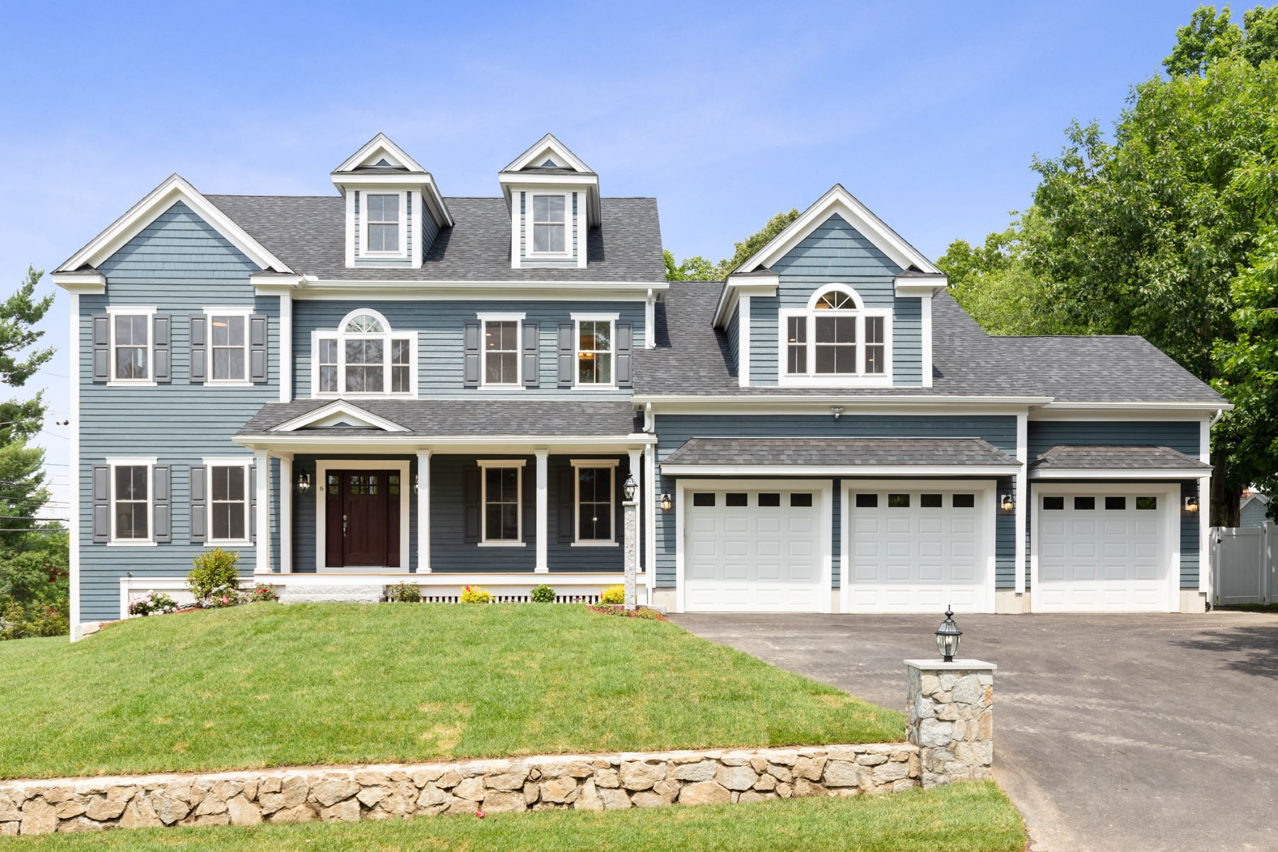 Single Family Homes 용 매매 에 Lexington, 매사추세츠 02421 미국