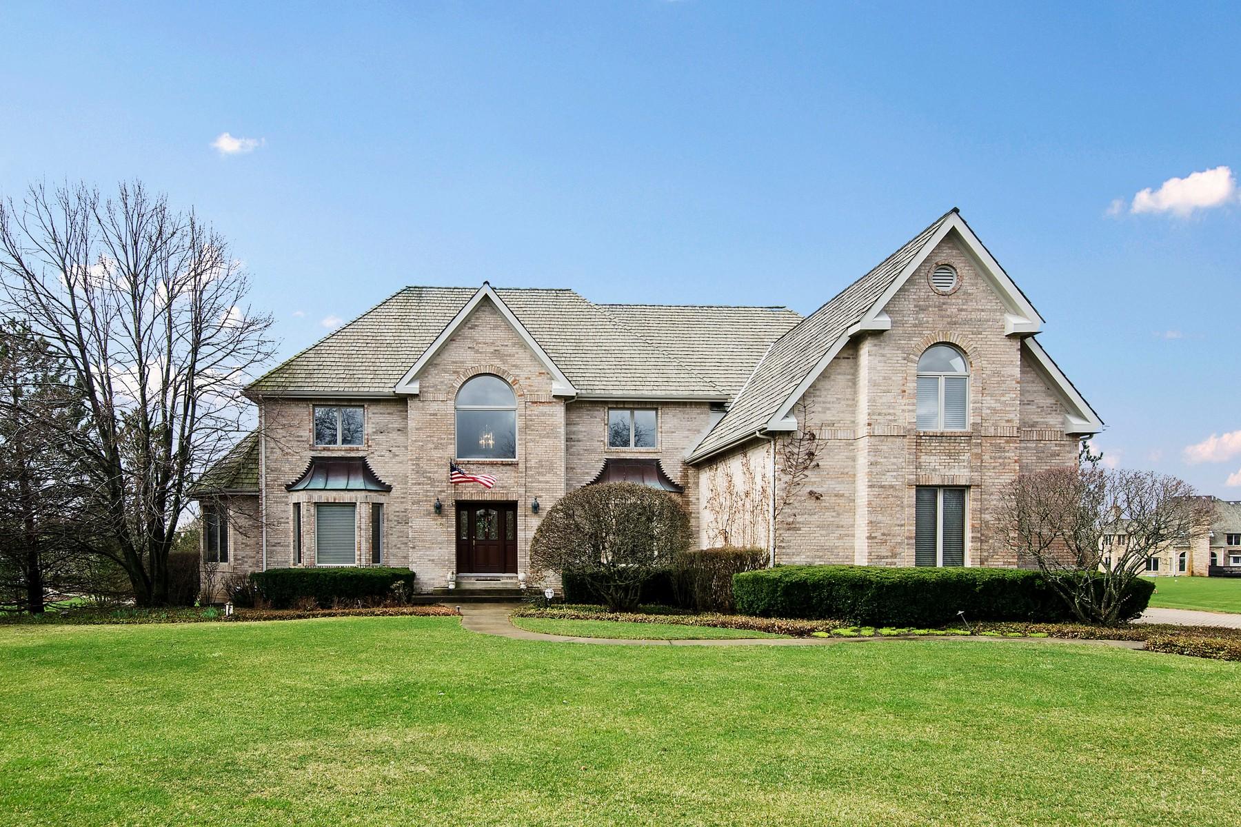 獨棟家庭住宅 為 出售 在 Beautiful Two Story Home 10 Pembury Way South Barrington, 伊利諾斯州, 60010 美國