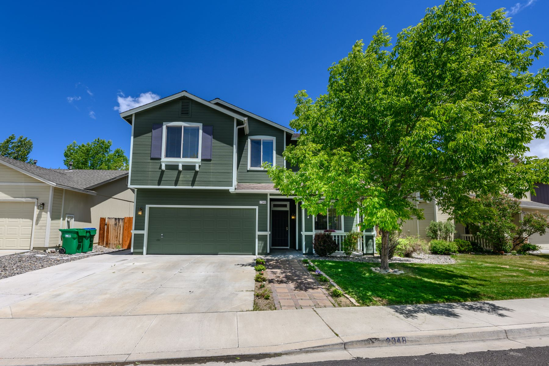 Single Family Homes for Active at 2348 Crestone Drive, Reno, Nevada 2348 Crestone Drive Reno, Nevada 89523 United States