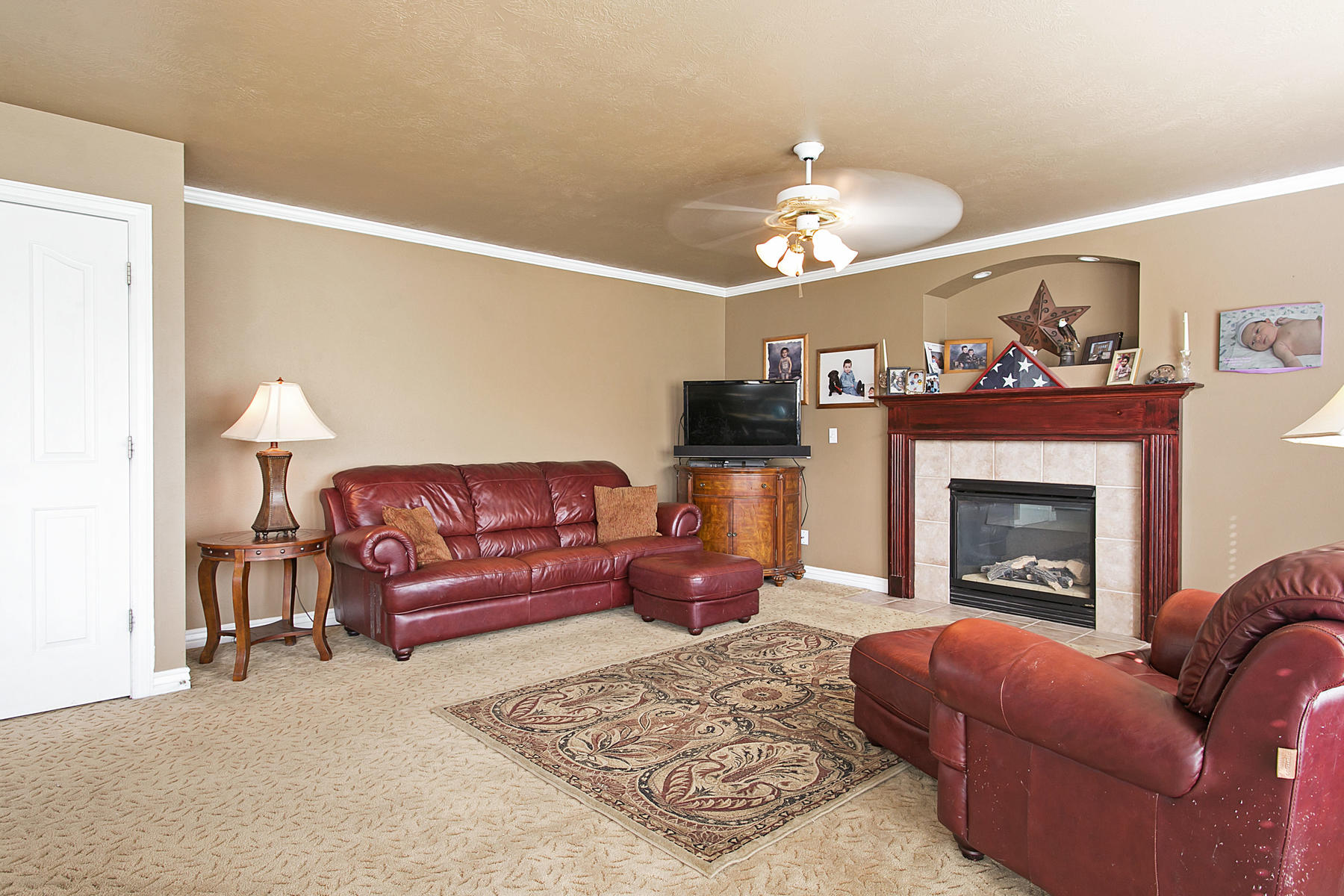 Additional photo for property listing at Room to Roam 11097 S Creek Trail Ct South Jordan, Utah 84095 United States