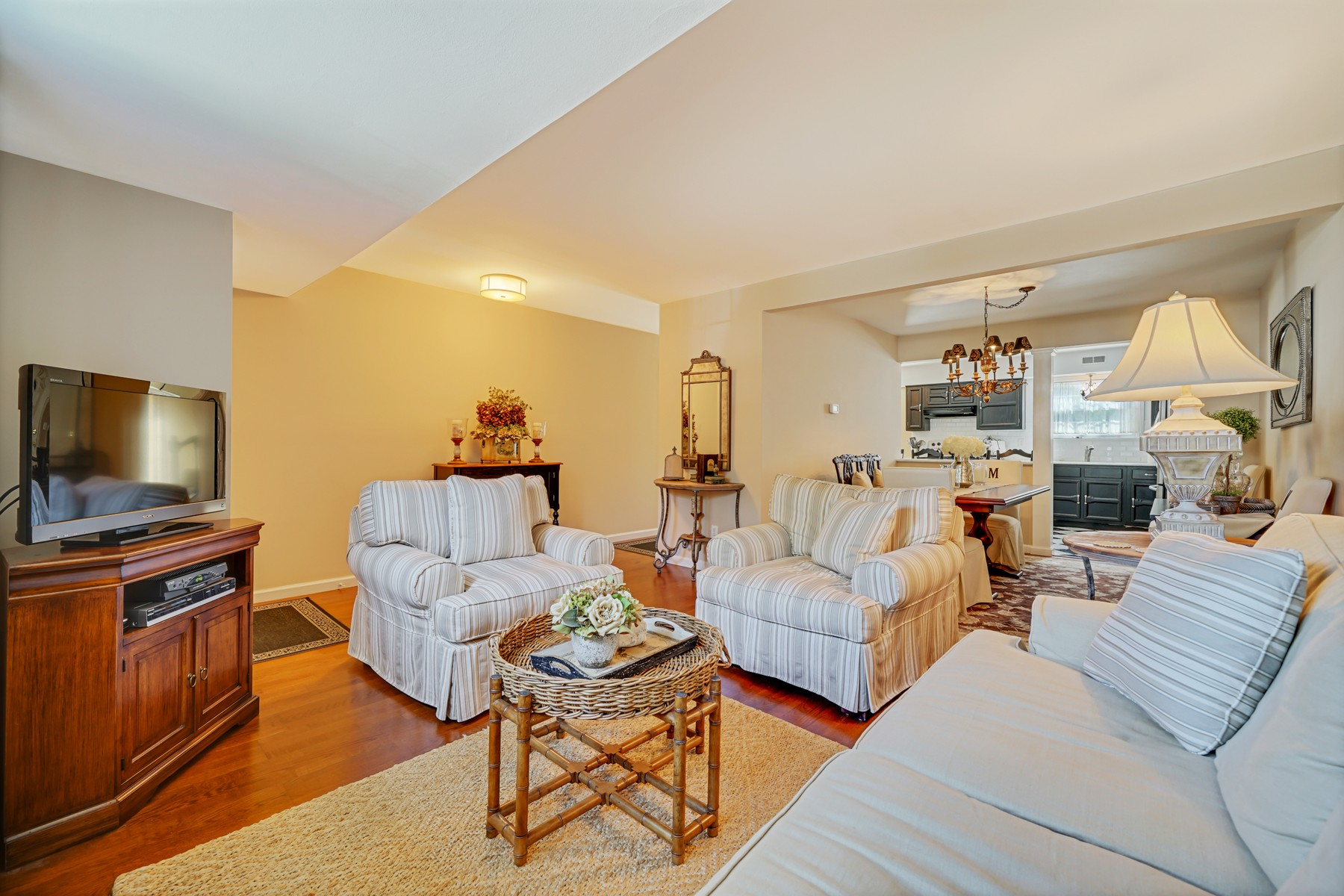 Additional photo for property listing at Fairway Mews 32 Dogwood Dr Spring Lake Heights, New Jersey 07762 United States