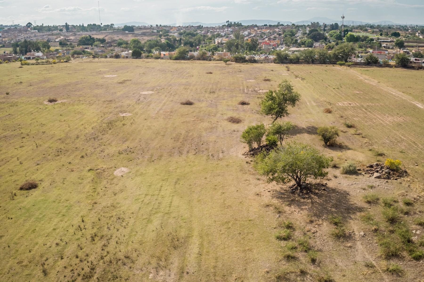 Additional photo for property listing at H4 Development Lot Calle Cruz del Perdon s/n Rancho de la Cruz, Tonala Guadalajara, Jalisco 45410 Mexico