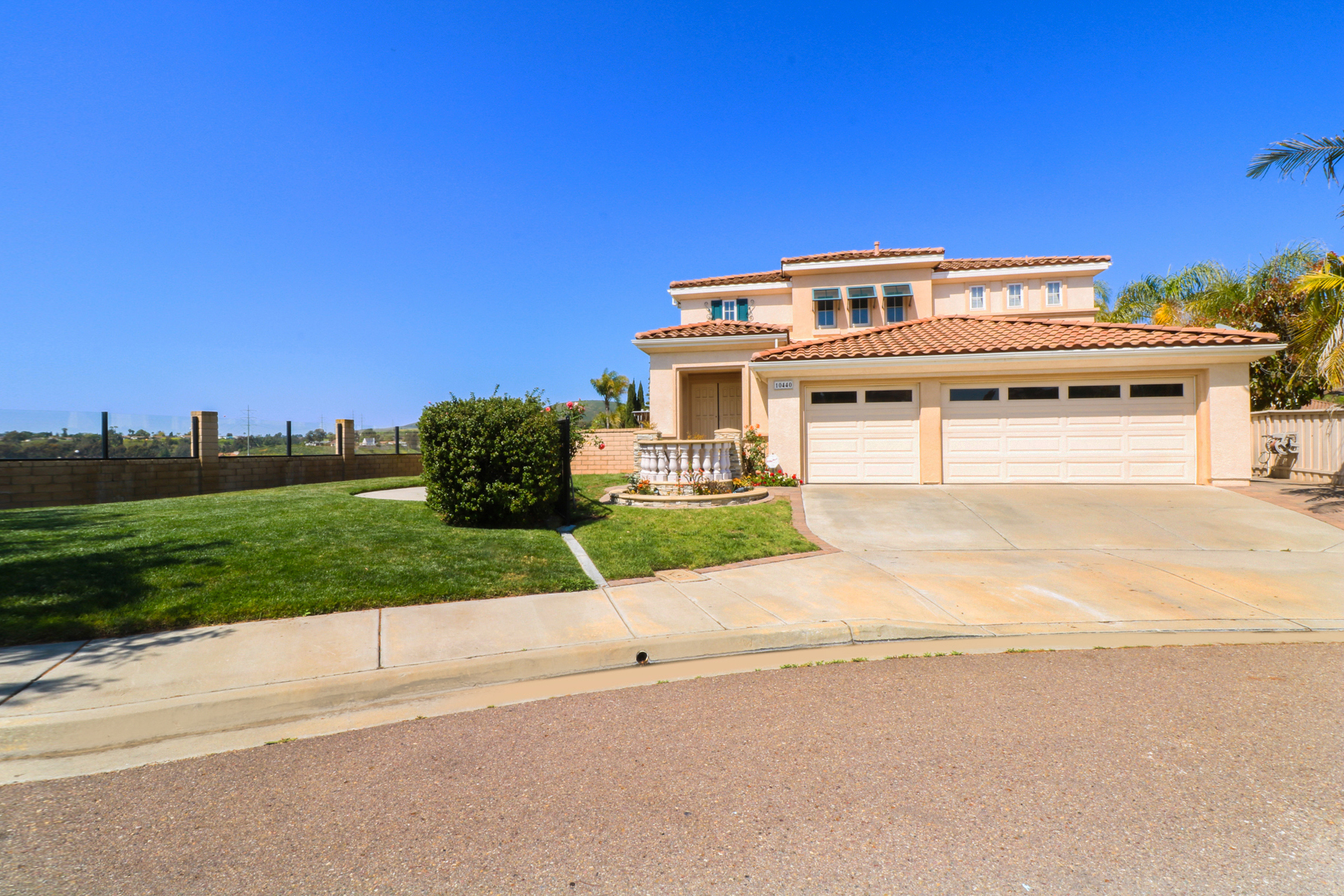 Single Family Home for Sale at 10440 HARVEST VIEW WAY San Diego, California, 92128 United States