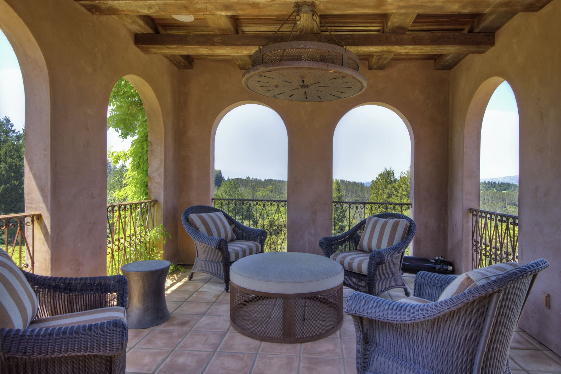 Additional photo for property listing at Prized Hilltop Villa and Vineyard 5800 Petrified Forest Road Calistoga, California 94515 United States