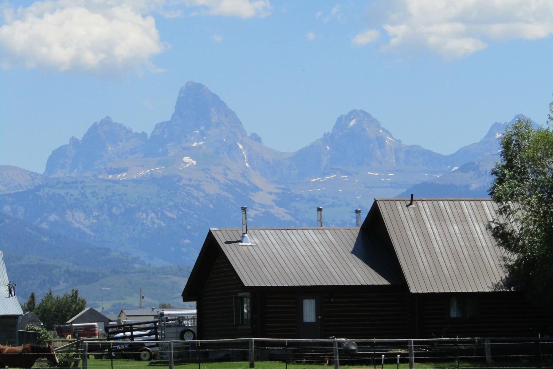 Single Family Homes for Sale at 1890 N 4000 1890 W 4000 N Tetonia, Idaho 83452 United States