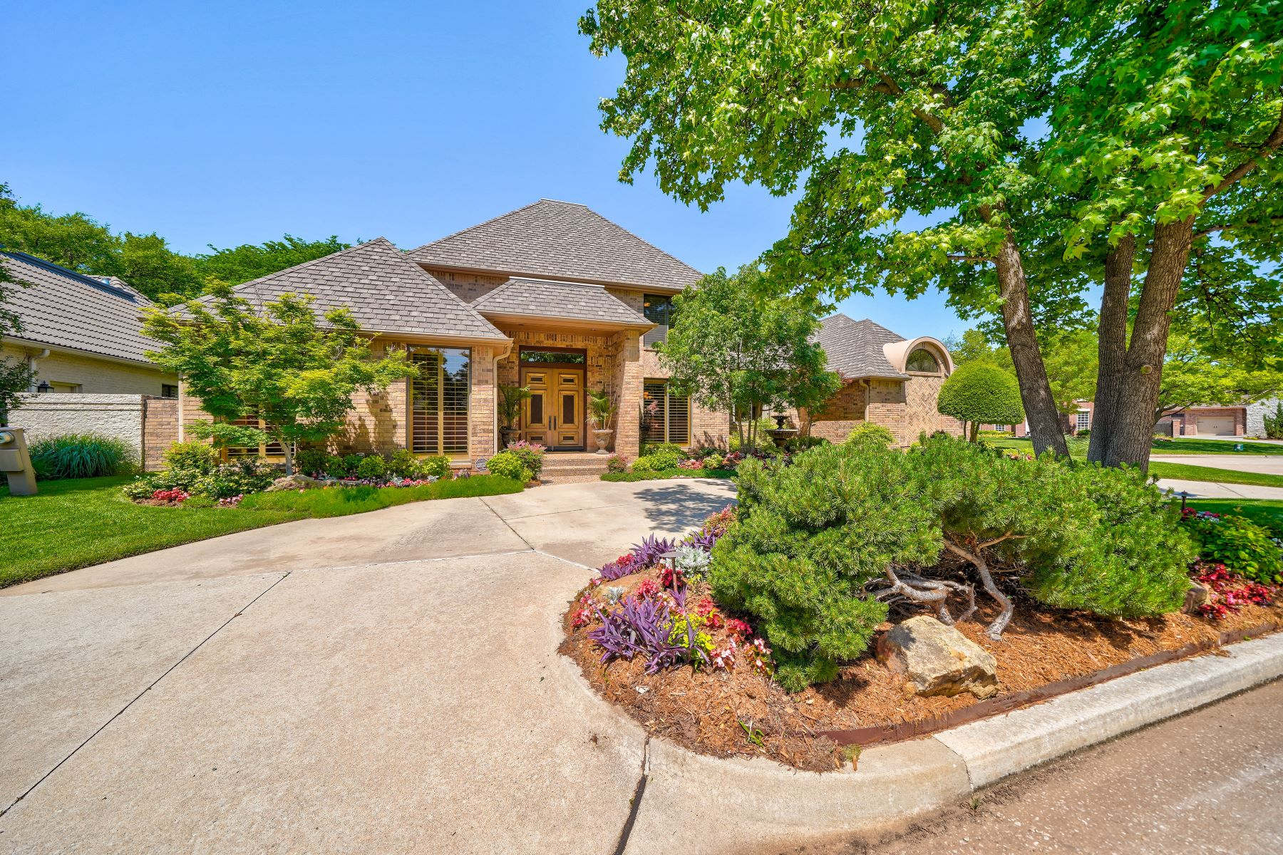 Single Family Homes for Active at Bold Living in Bocage 12505 Bocage DR Oklahoma City, Oklahoma 73142 United States