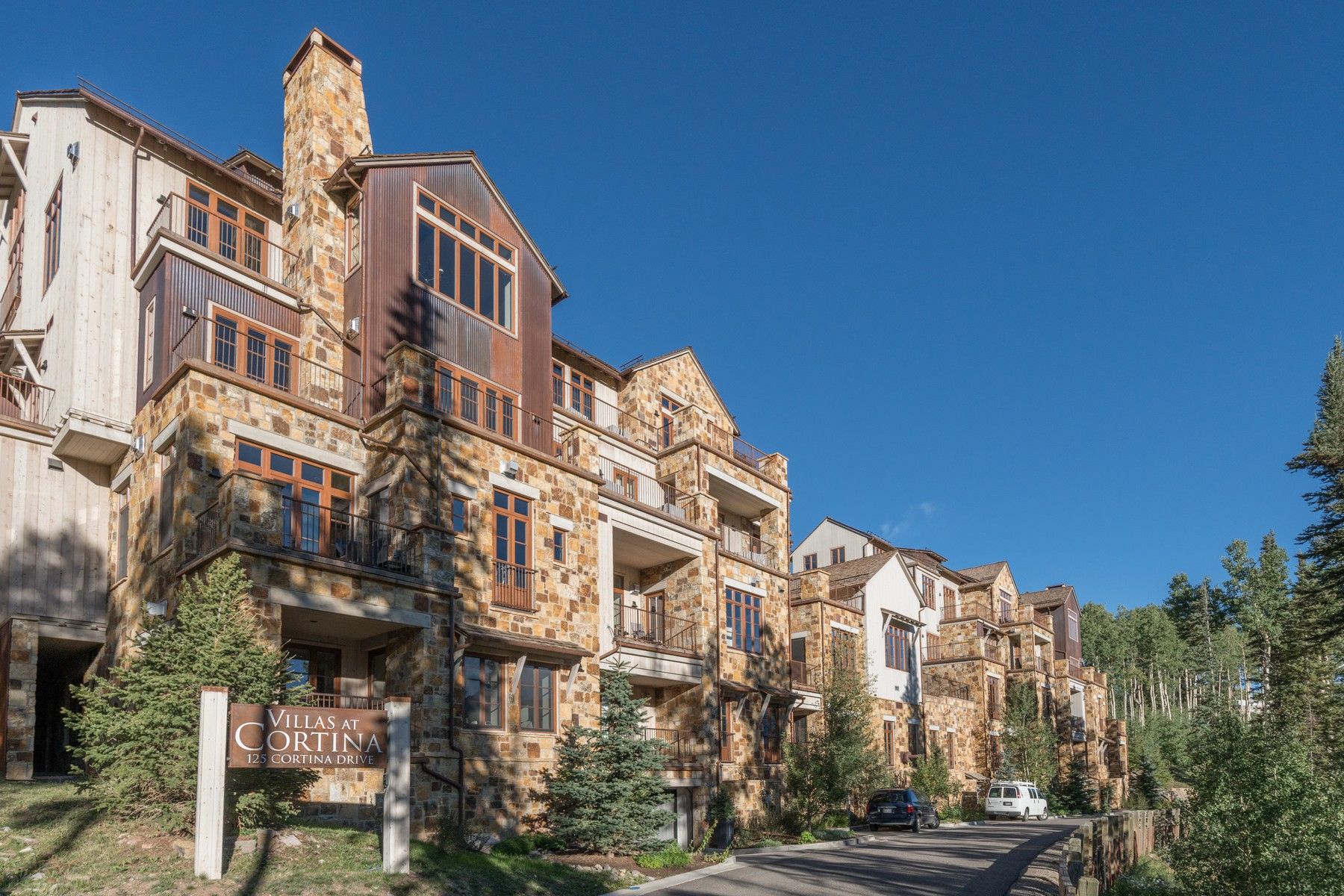 Single Family Homes for Sale at Villas At Cortina 125 Cortina Drive Unit 10 Mountain Village, Colorado 81435 United States