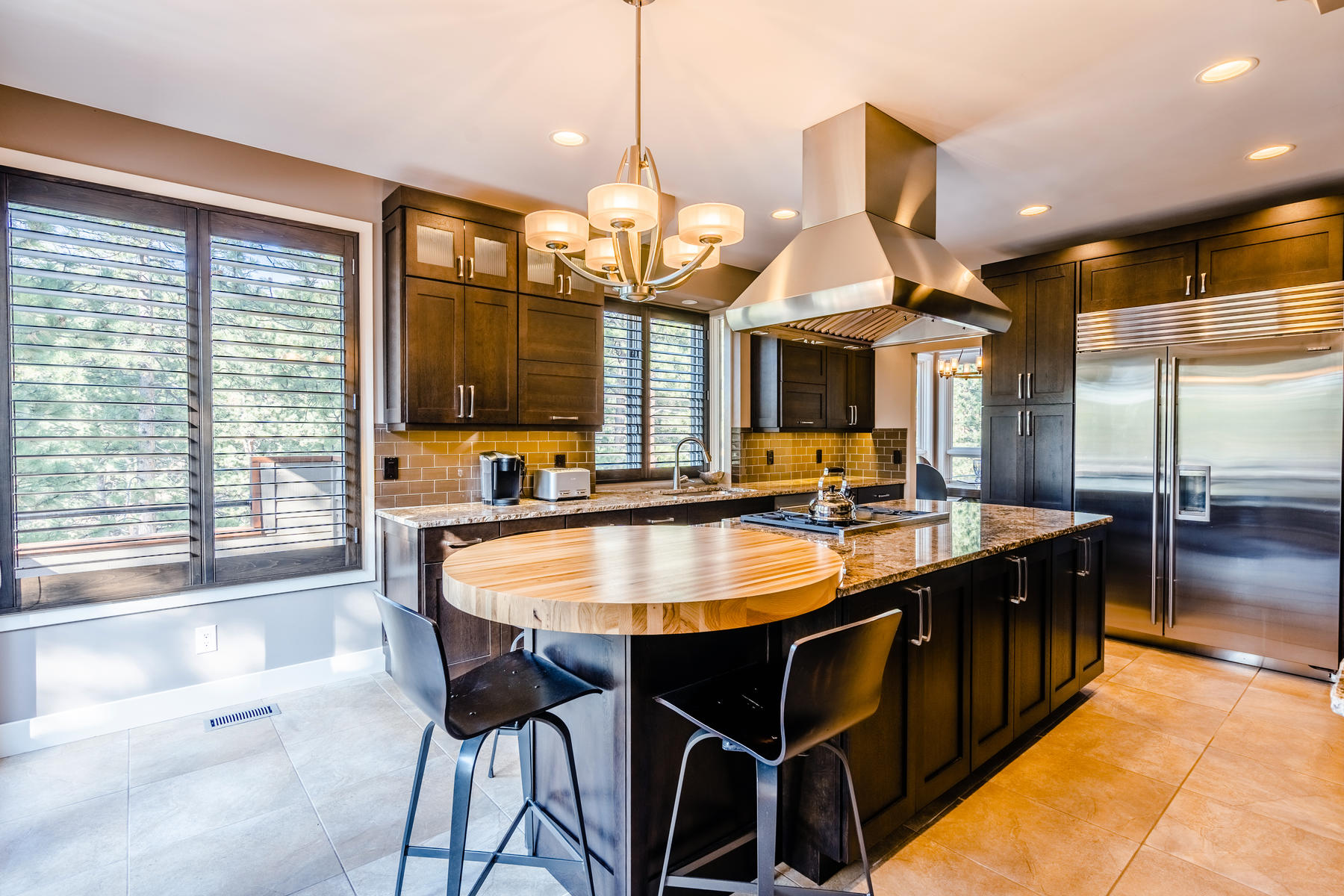 Single Family Homes for Sale at Exquisite, Remodeled Home on a Private 1.07 Acre Lot 2441 Juniper Court Golden, Colorado 80401 United States