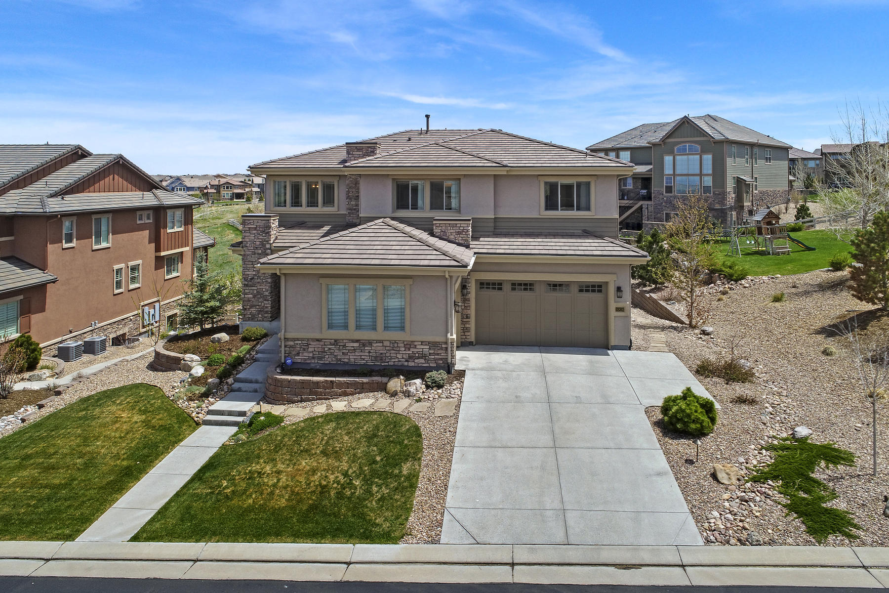 Single Family Homes for Sale at This stunning and immaculate home built by Shea is the perfect floor plan. 10836 Manorstone Drive Highlands Ranch, Colorado 80126 United States
