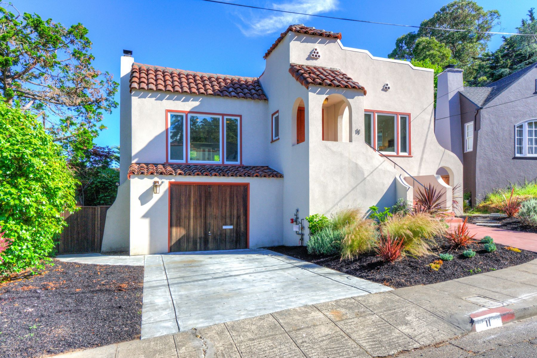 Single Family Home for Sale at Vintage Charm, Modern Amenities 11 Wilson Court San Rafael, California 94901 United States