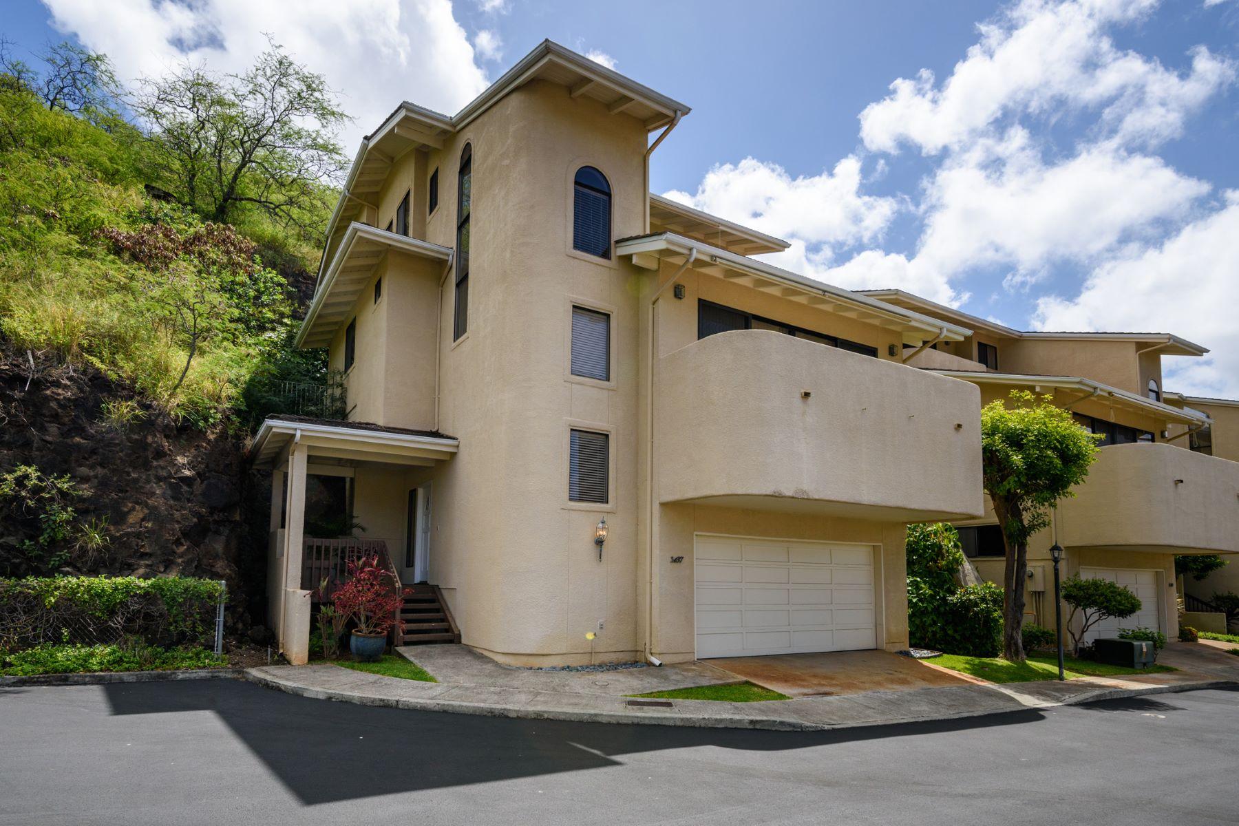 Частный односемейный дом для того Продажа на Exclusive Kalani Iki Hideaway 1437 Hoakoa Place #10 Kalani Iki, Honolulu, Гавайи, 96821 Соединенные Штаты
