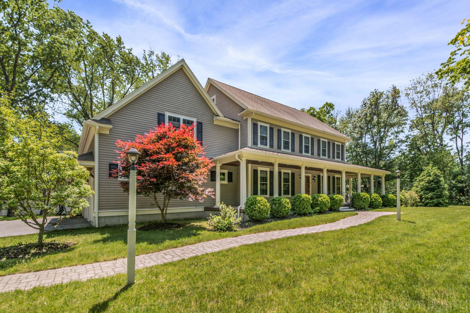 Single Family Homes 为 销售 在 2 Bandera Drive 贝德福德, 马萨诸塞州 01730 美国