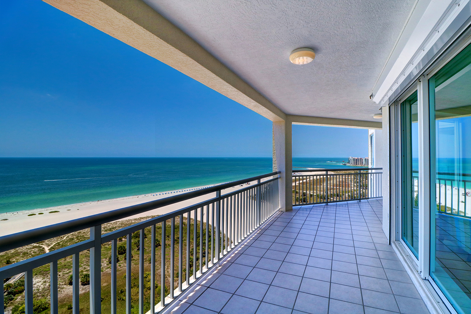 Condominiums for Active at 1170 Gulf Blvd , 1901 Clearwater, Florida 33767 United States