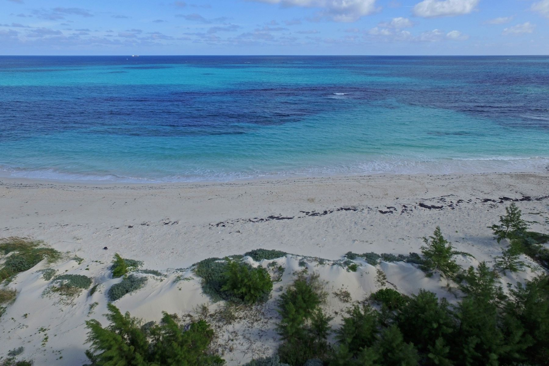 Additional photo for property listing at Thompson Waterfront Acreage Guana Cay, Abaco Bahamas