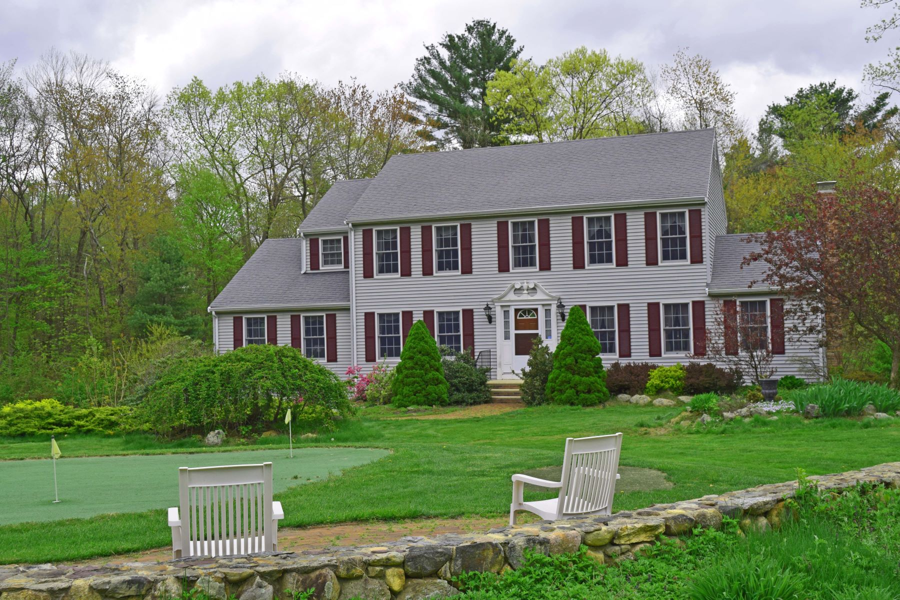Moradia para Venda às 37 EBH 37 East Bare Hill Road Harvard, Massachusetts, 01451 Estados Unidos
