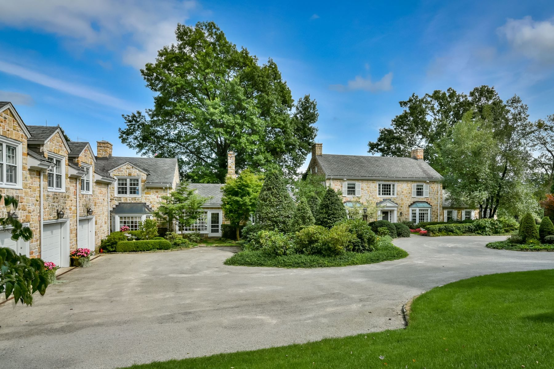 Single Family Home for Sale at Picturesque, Private Country Estate in Ligonier - 160 Woodmere Drive 160 Woodmere Dr Ligonier, Pennsylvania 15658 United States