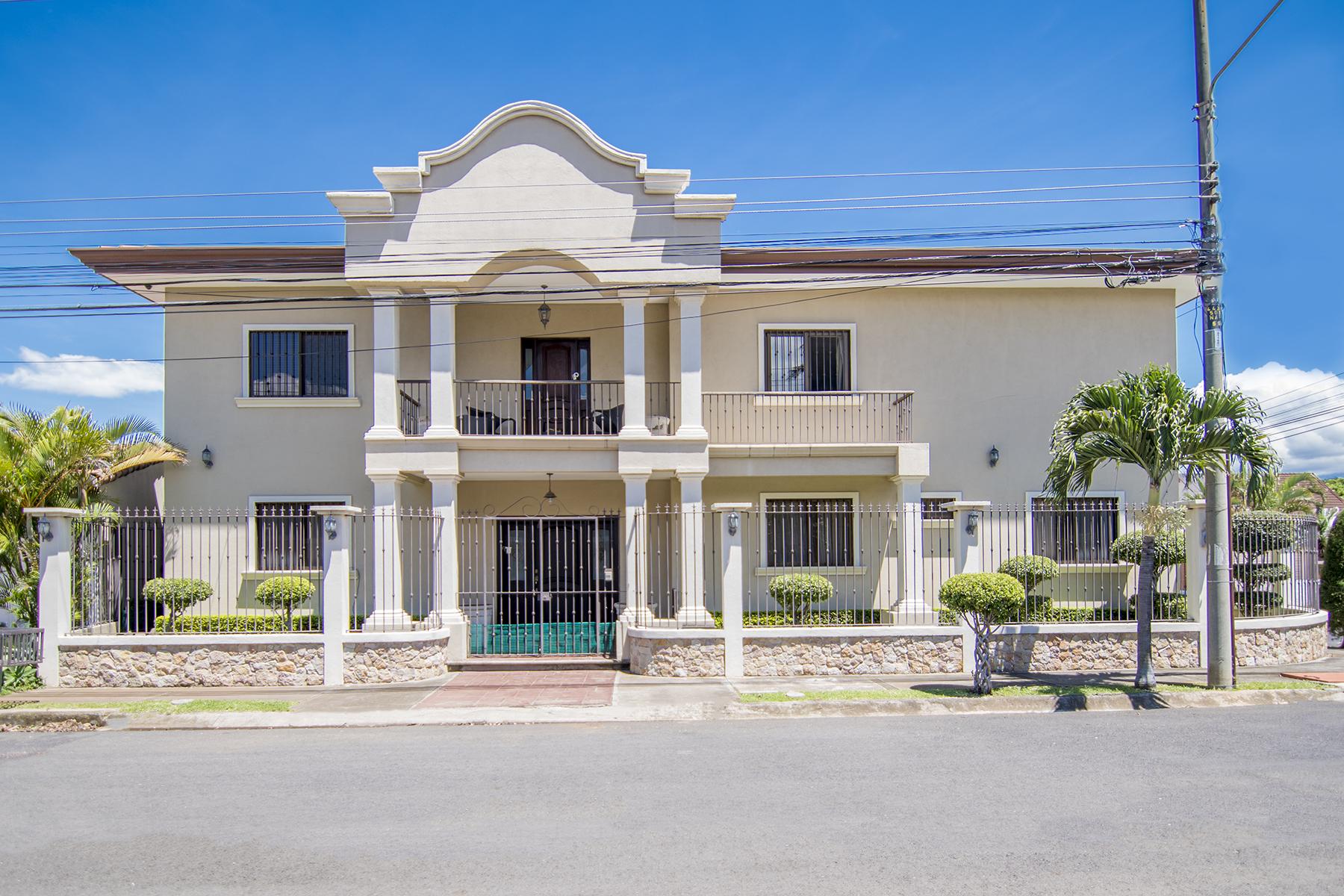 Multi-Family Homes for Sale at Casa Cintas Bosques de Doña Rosa Belen, Heredia 100000 Costa Rica