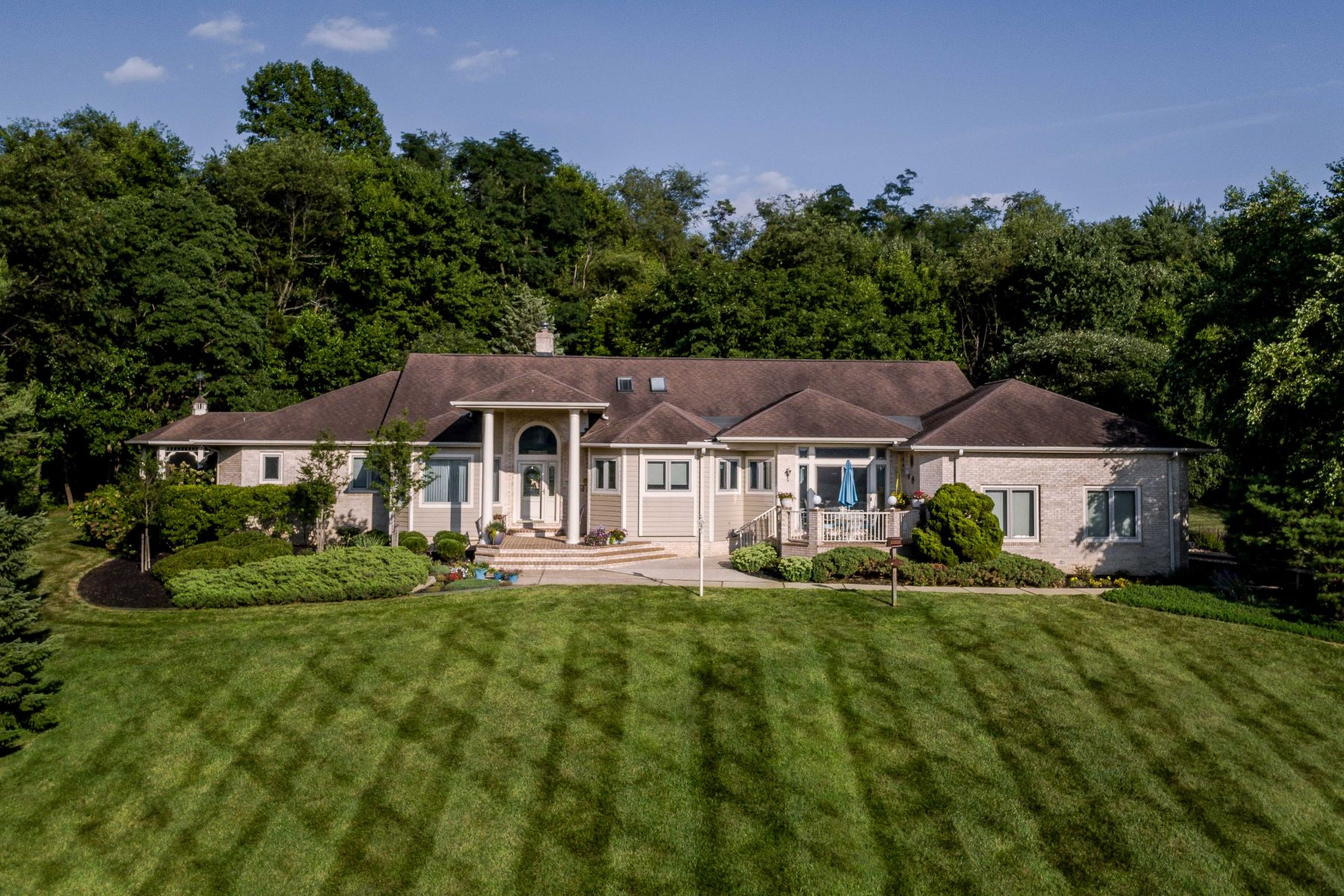 Single Family Home for Sale at 1629 Goldsmith Drive Westminster, Maryland 21157 United States