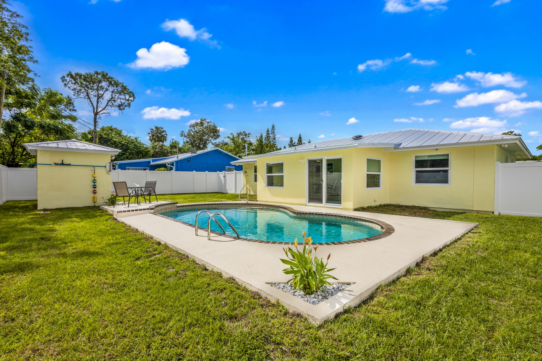 Single Family Homes for Sale at Transformation Extraordinare! 106 11th Court Vero Beach, Florida 32960 United States