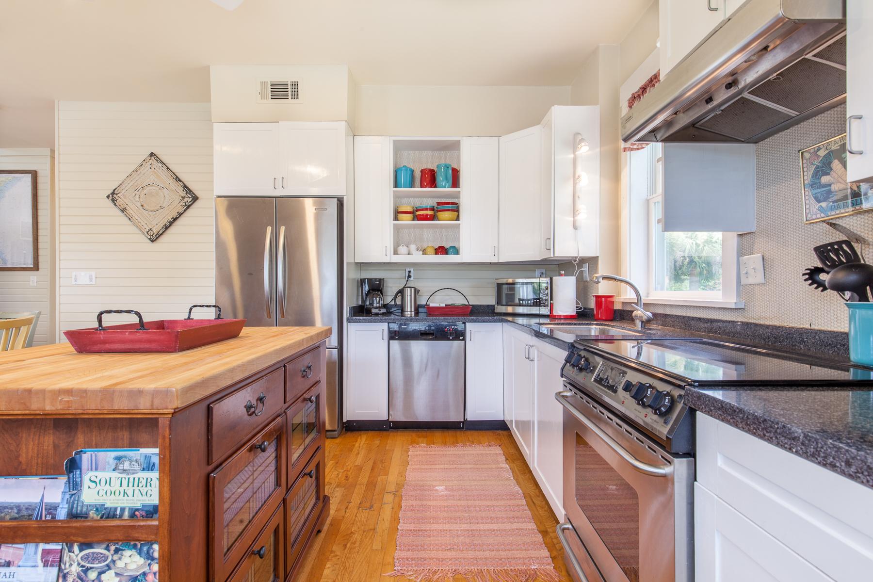 Additional photo for property listing at 1415 Miller Avenue 1415 Miller Avenue Tybee Island, Georgia 31328 Estados Unidos
