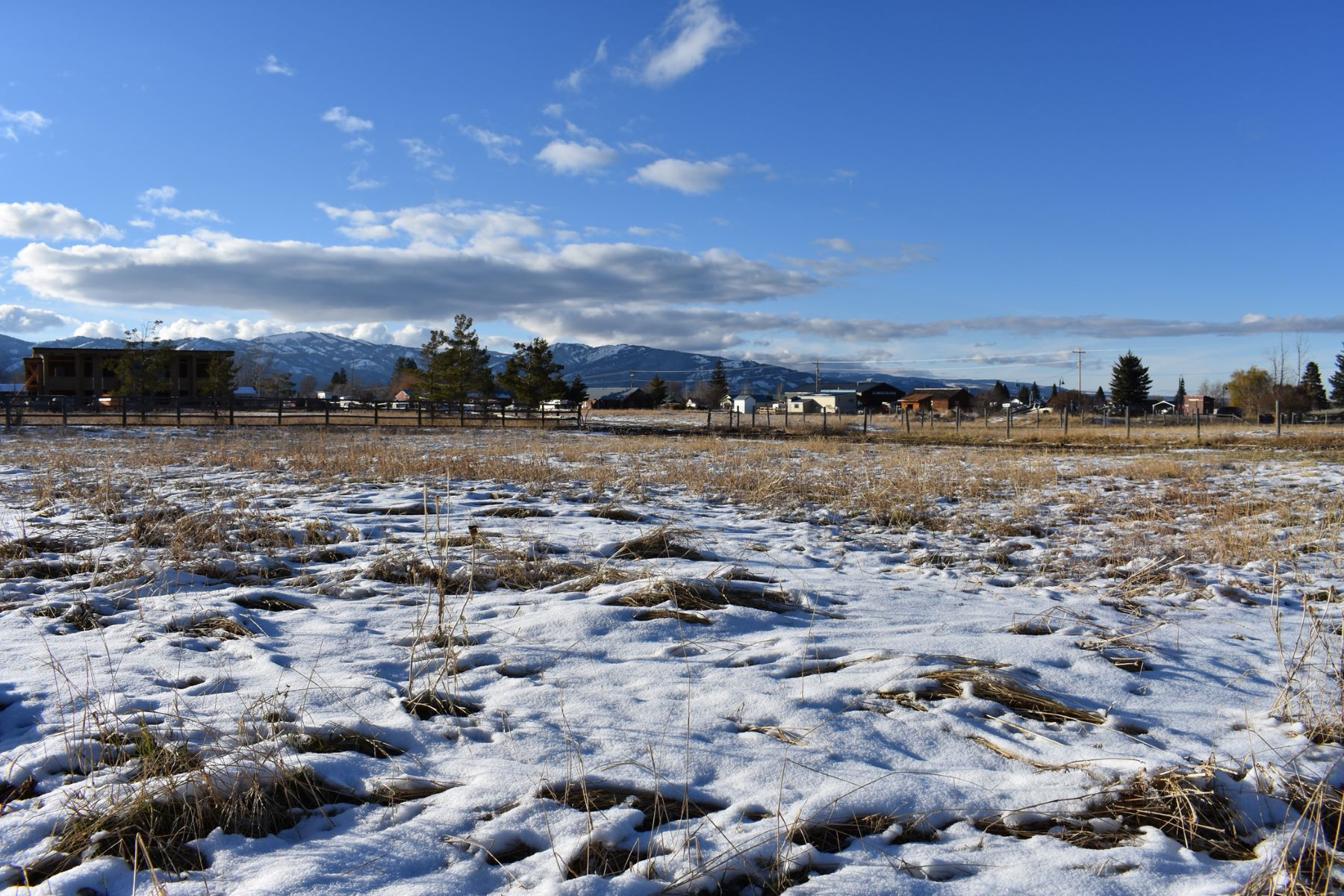 أراضي للـ Sale في Ideal Multi-Family Building Parcel 57 S Main, Victor, Idaho, 83455 Jackson Hole, United States