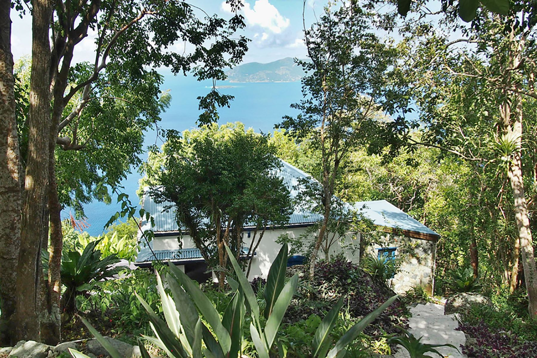 Additional photo for property listing at Hawk's View Soldiers Hill, Tortola Islas Vírgenes Británicas