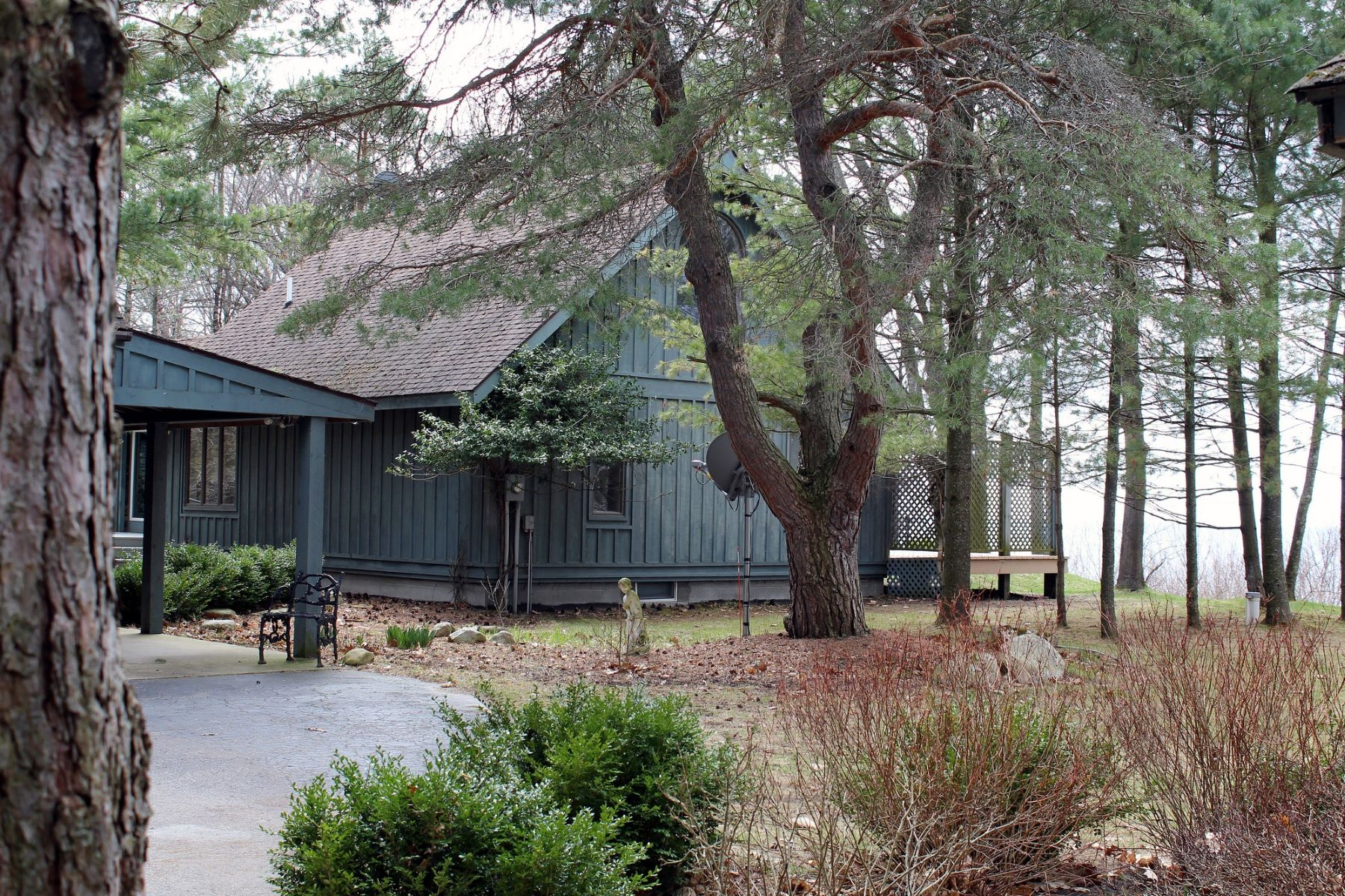 Single Family Home for Sale at Blue Duck 3699 North Lake Shore Drive Harbor Springs, Michigan, 49740 United States