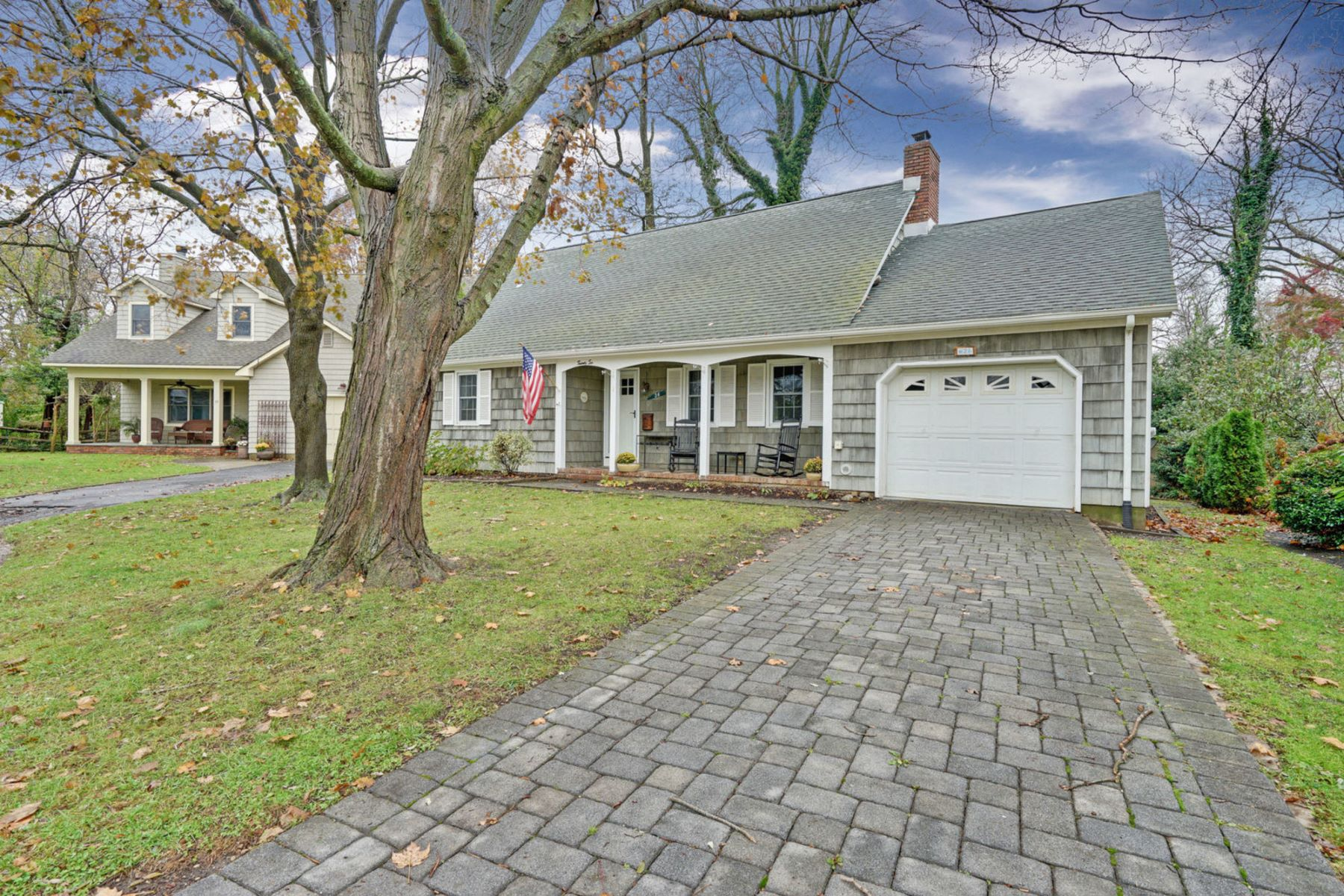 Single Family Home for Sale at Prime Location 26 Beams Terrace, Manasquan, New Jersey 08736 United States