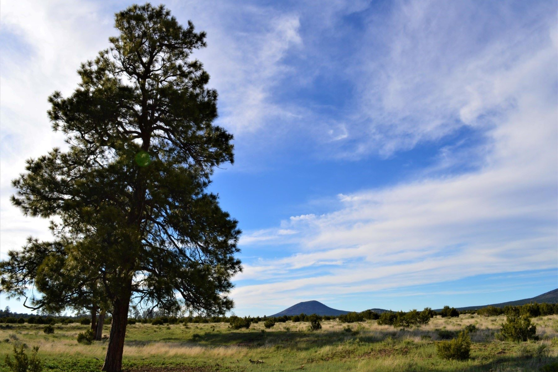 Land voor Verkoop een t Wonderful 360 degree lot with beautiful views 2872 E Spring Valley RD Williams, Arizona 86046 Verenigde Staten