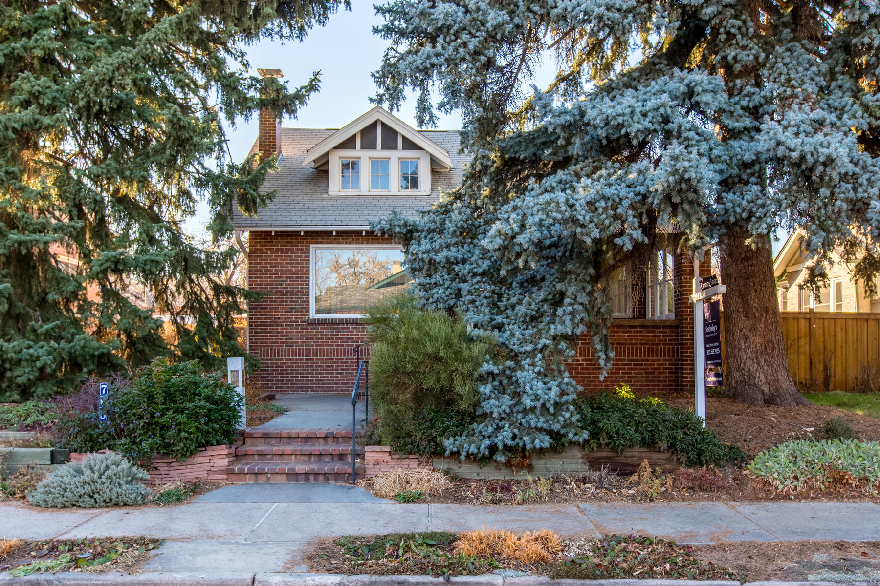 Single Family Home for Active at Charming Congress Park bungalow on a great block steps from historic 7th Avenue 765 Jackson St Denver, Colorado 80206 United States