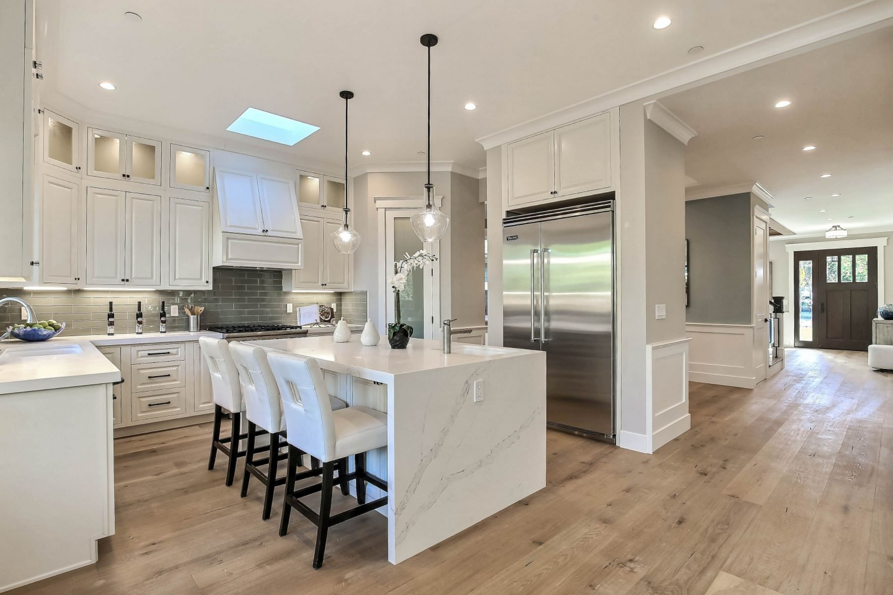 Additional photo for property listing at Sophisticated, New West Menlo Park Home 1180 Cloud Avenue Menlo Park, California 94025 United States