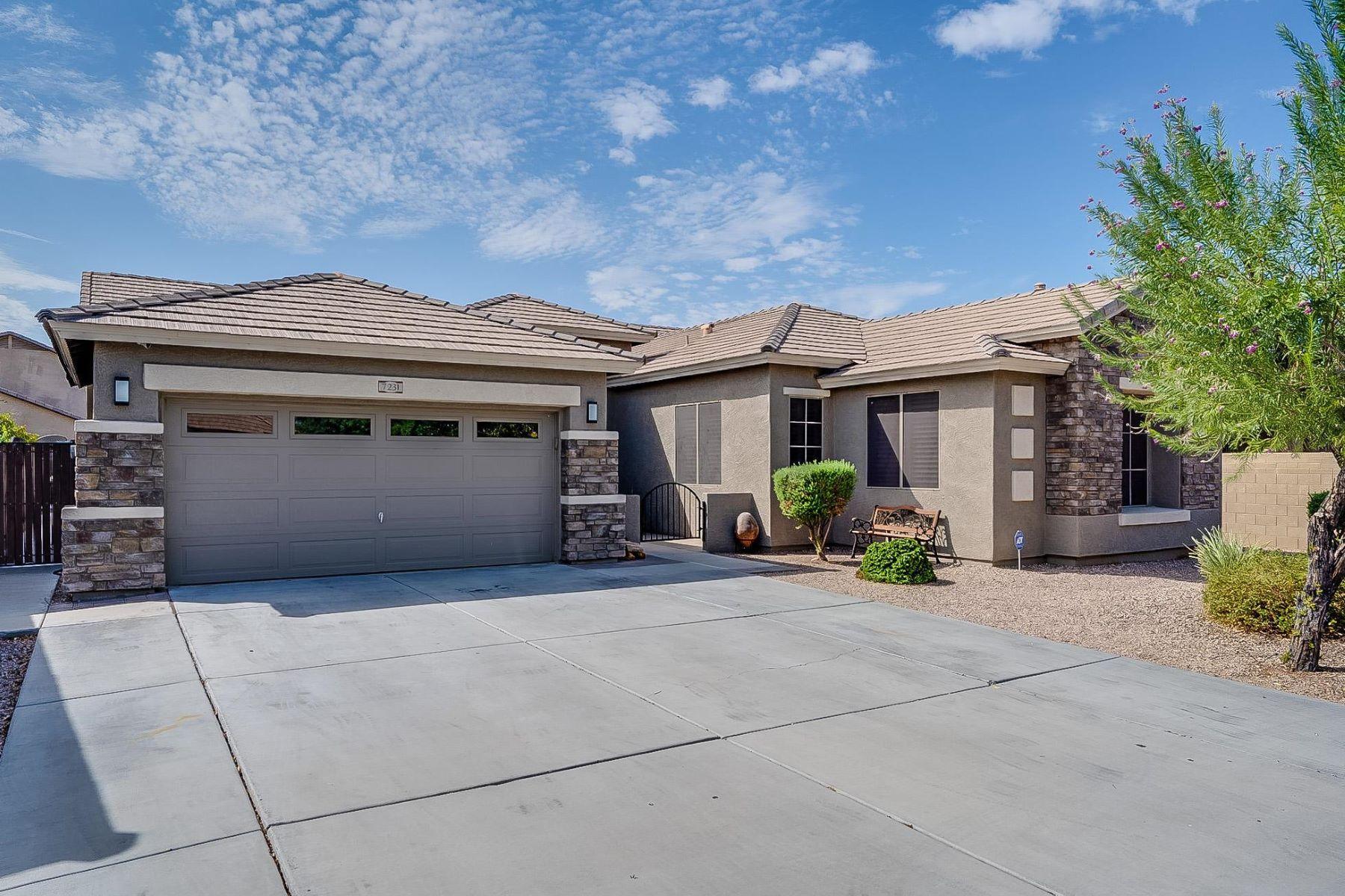 Single Family Homes por un Venta en Morningstar Estates 7231 W FLEETWOOD LN Glendale, Arizona 85303 Estados Unidos