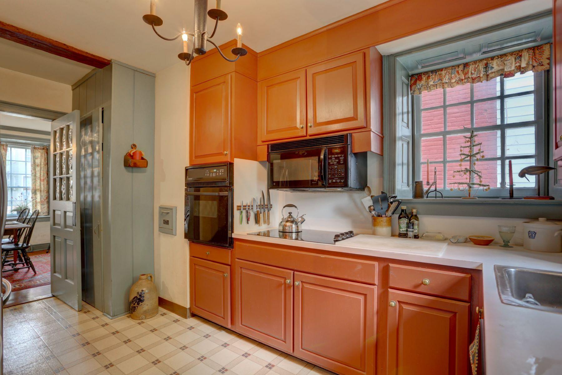 Additional photo for property listing at 121 E Main Street 121 E Main Street 立提兹市, 宾夕法尼亚州 17543 美国