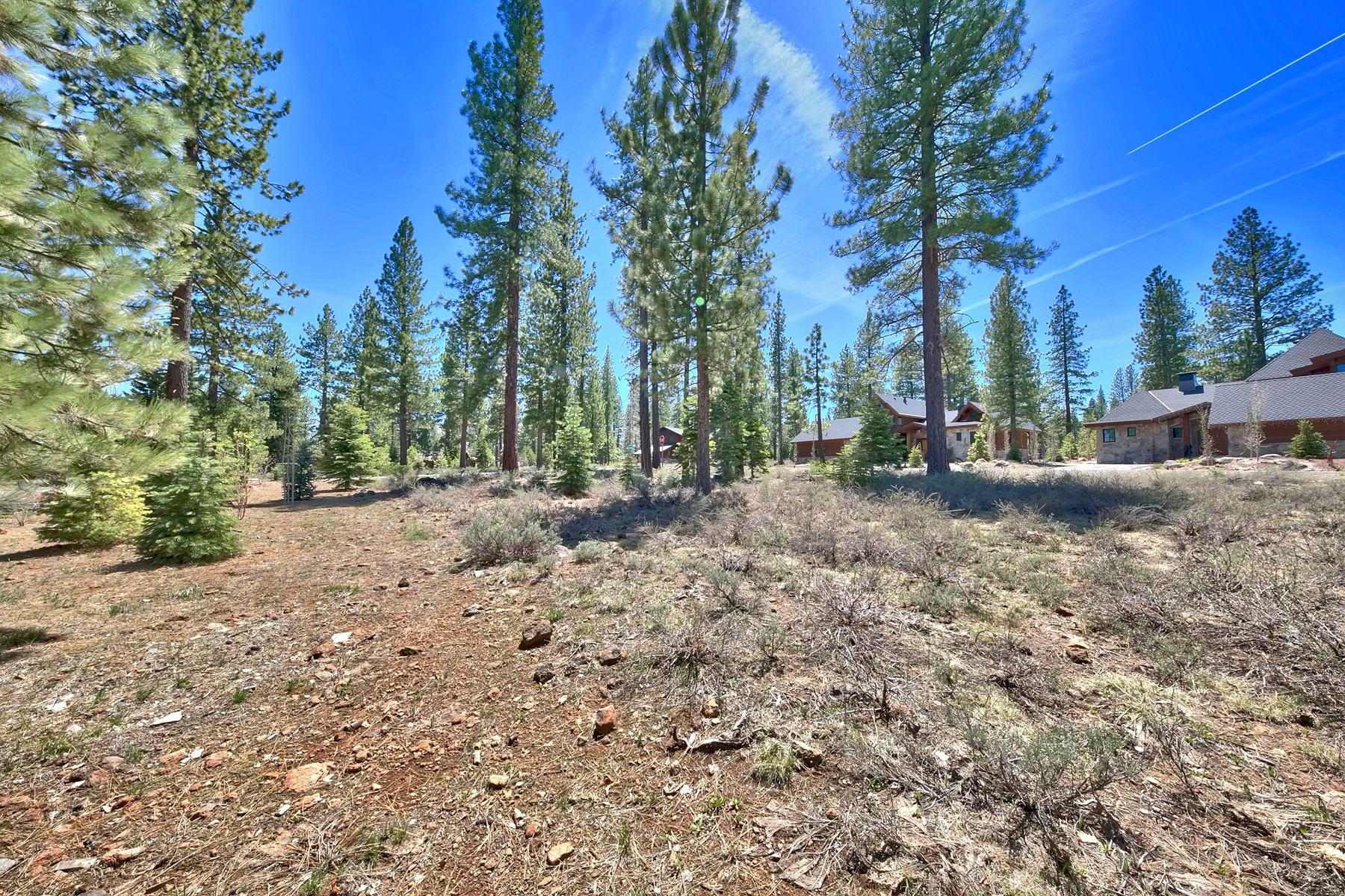 Additional photo for property listing at 10005 Chaparral Court , Lot #36, Truckee, CA 10005 Chaparral Court, Lot #36 Truckee, California 96161 United States