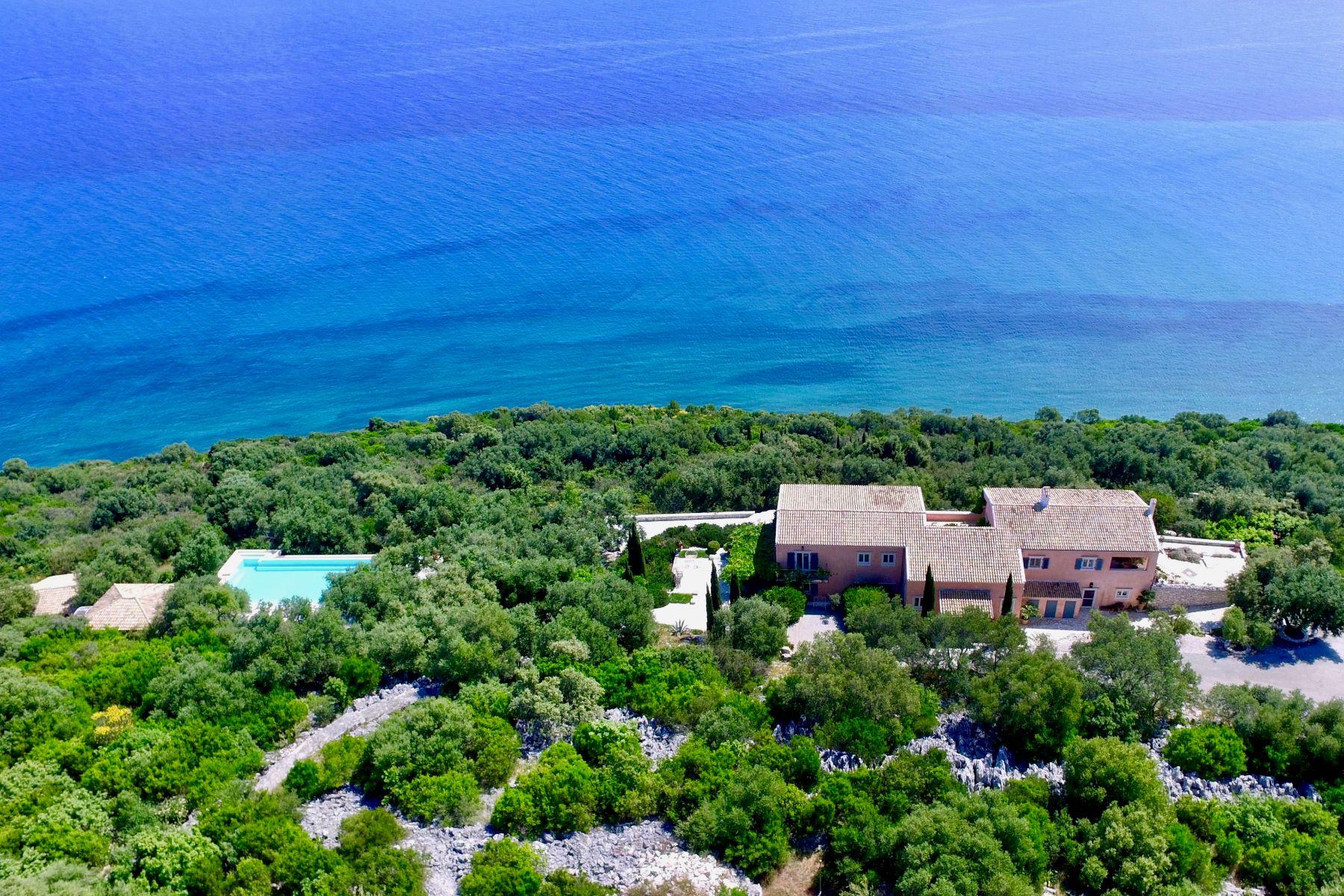 Maison unifamiliale pour l Vente à The Channel Estate Kassiopi The Channel Estate Corfu, Îles Ioniennes, 49081 Grèce