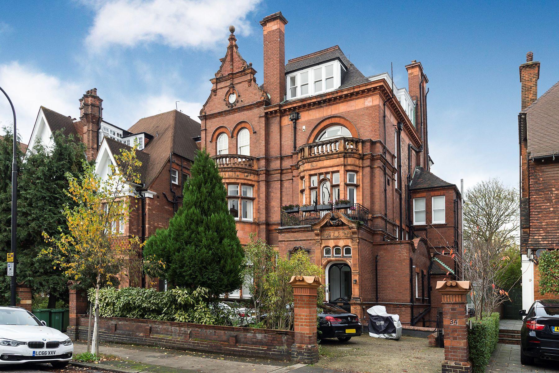 Property للـ Sale في Flat F 34 Eton Avenue London, England NW3 3HL United Kingdom
