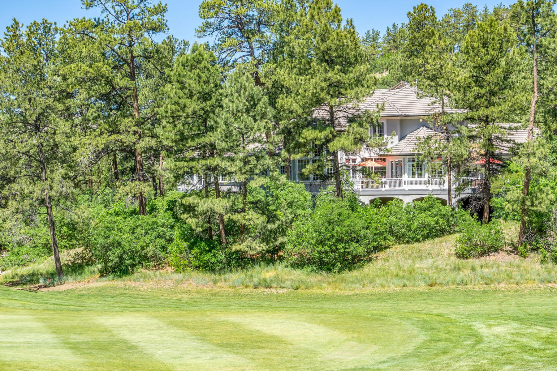 Single Family Home for Active at Private and secluded on a long driveway thru the pine trees to circular driveway 227 Hidden Valley Ln Castle Rock, Colorado 80108 United States