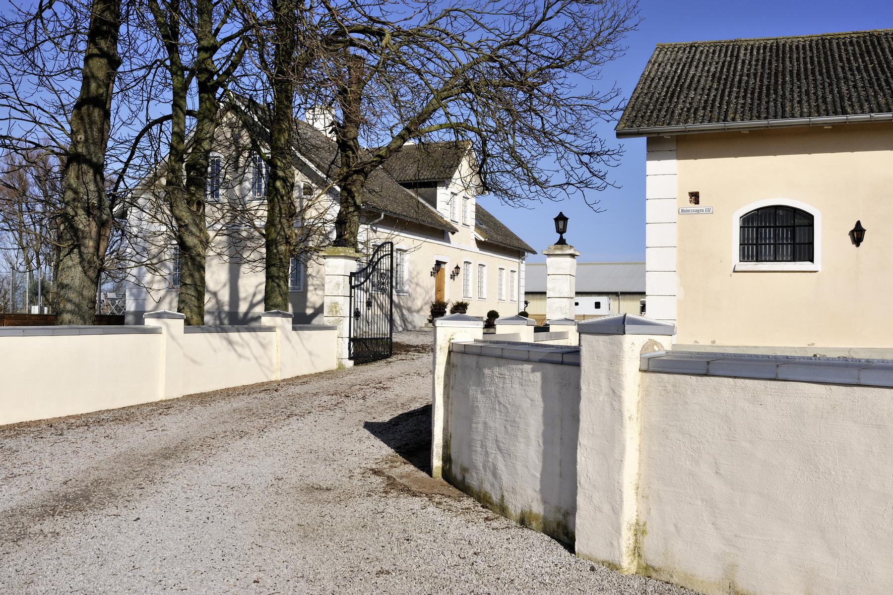 独户住宅 为 销售 在 International equestrian sport facility in southern Sweden Östra Halörsvägen 137 Hollviken, 斯科纳 236 91 瑞典